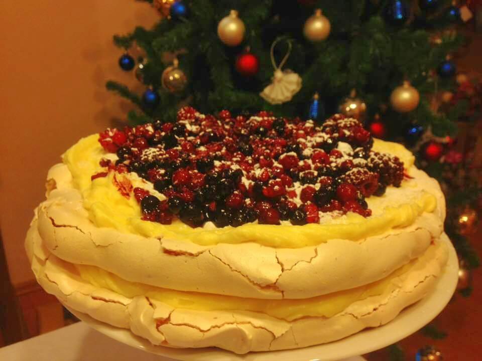 pavlova torta bez glutena